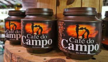 A foto mostra cafés de pote que são produzidos no hotel fazenda campo dos sonhos