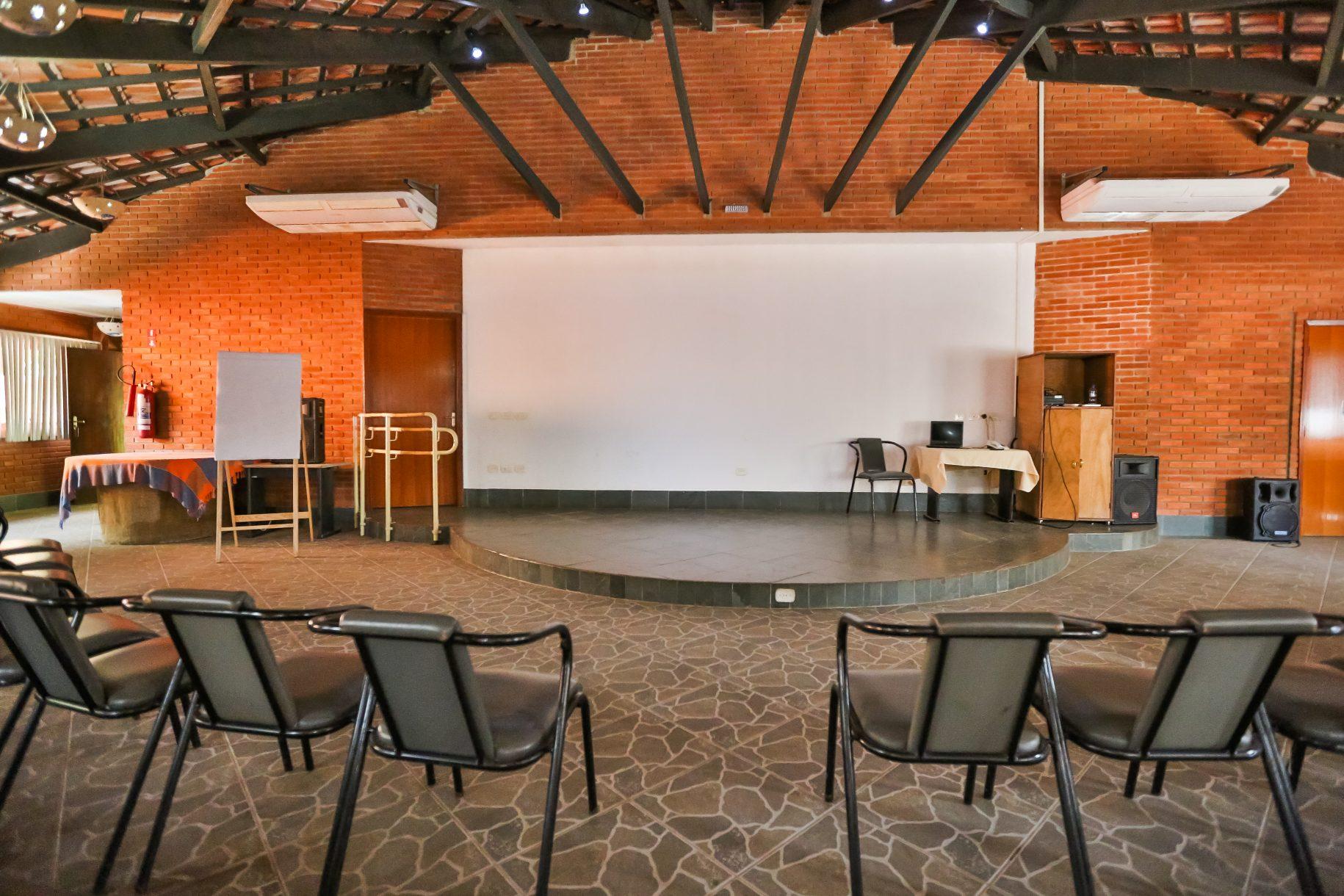 Centro de Eventos Hotel Fazenda Parque dos Sonhos #B64C15 1830 1220
